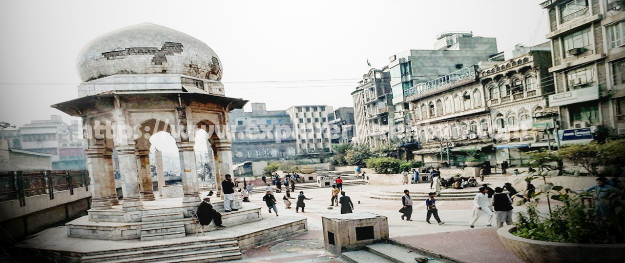 Chowk Yaadgar - historical places to visit in peshawar