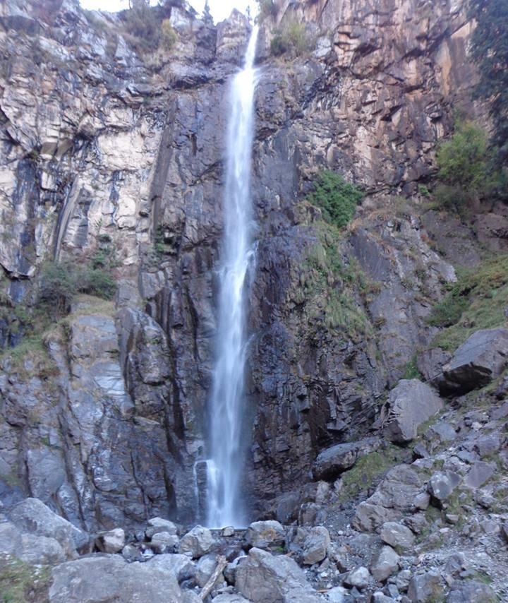 Farphu Waterfalls